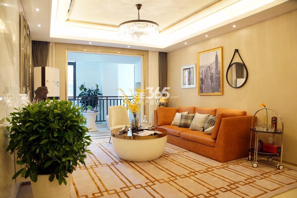 银亿东城C1样板间——客厅