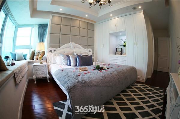 东方蓝海139平样板间主卧-卧室